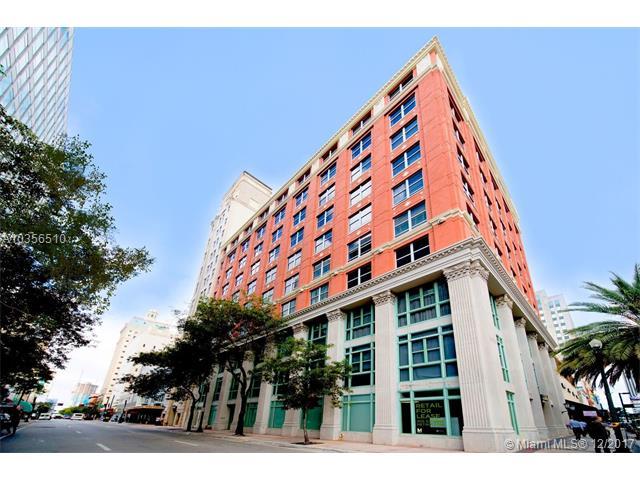 Photo of 101 E Flagler St  Miami  FL