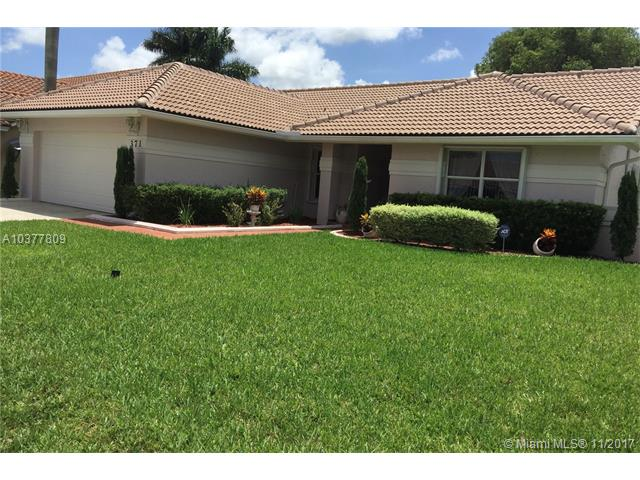 371 NW 162nd Ave, Pembroke Pines, Florida