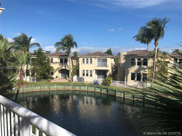 One of Aventura 3 Bedroom Homes for Sale at 3085 NE 210th St