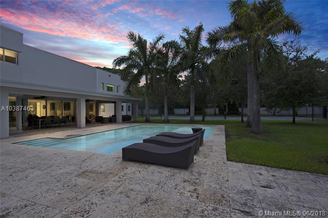 6760 SW 124th  St, Pinecrest, Florida