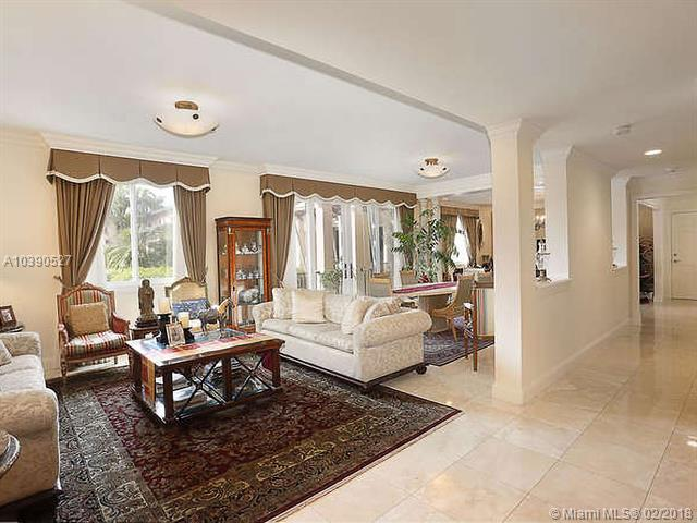 primary photo for 13644 Deering Bay Dr 13644, Coral Gables, FL 33158, US