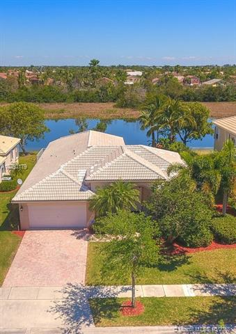 1075 NW 167th Ave, Pembroke Pines, Florida