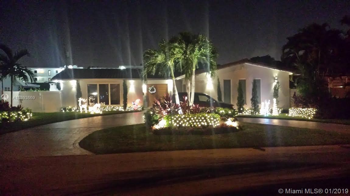 11655 Ne 20th Dr North Miami, FL 33181