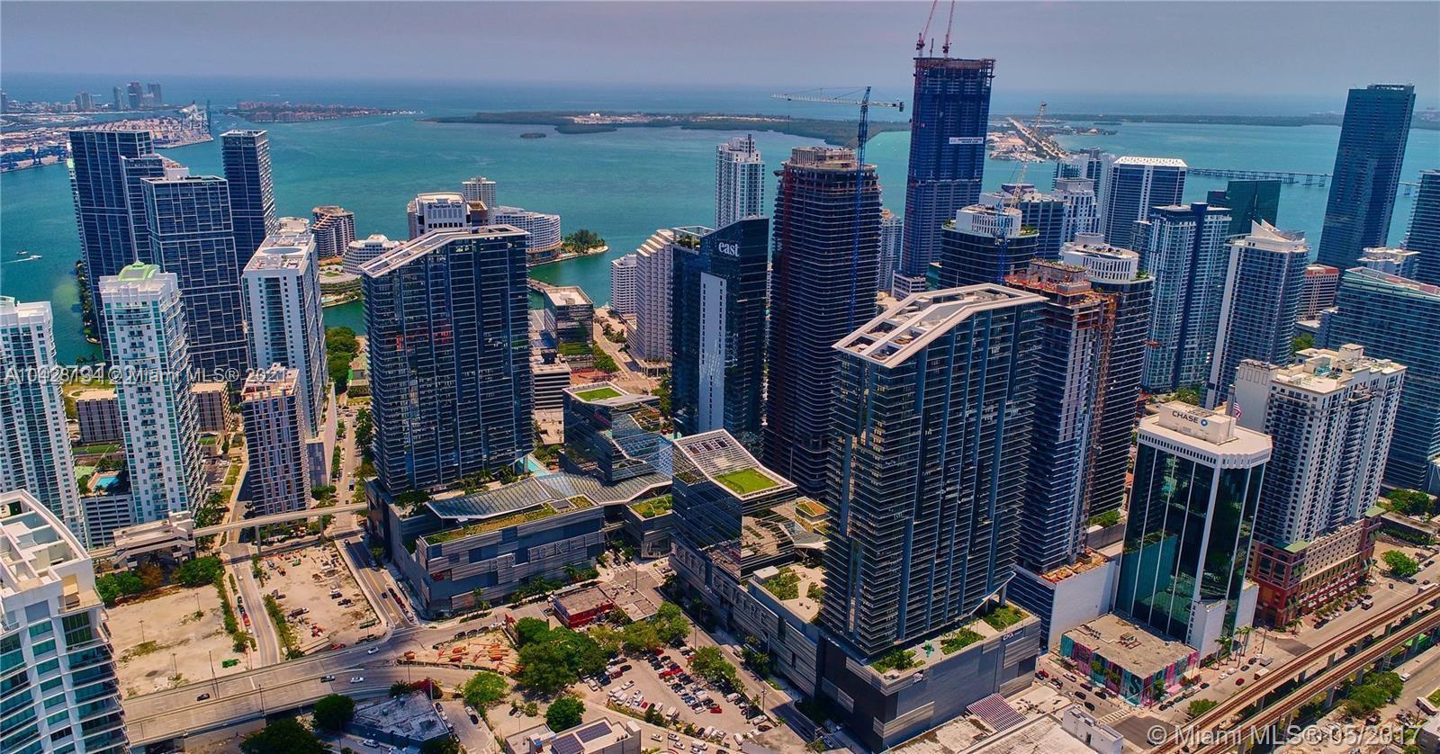 88 Sw 7th St Miami, FL 33130