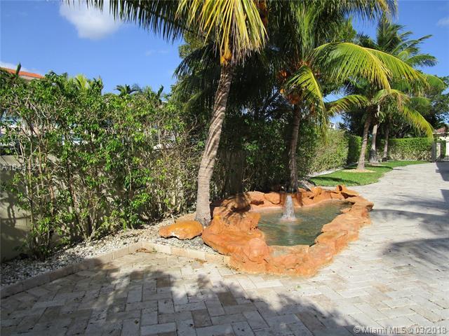Photo 7 of 9402 SW 88th Ct Miami FL