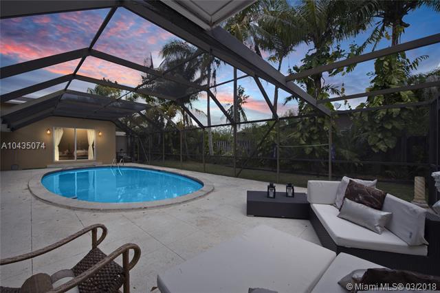 13945 SW 82nd Ave, Palmetto Bay-Miami, Florida