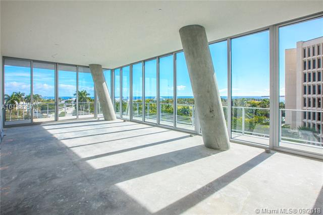 2675 S Bayshore Dr, one of homes for sale in Pinecrest