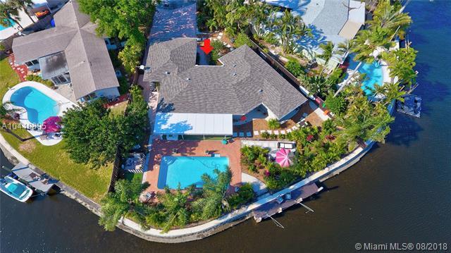 2164 NE 27th Dr, Wilton Manors, Florida