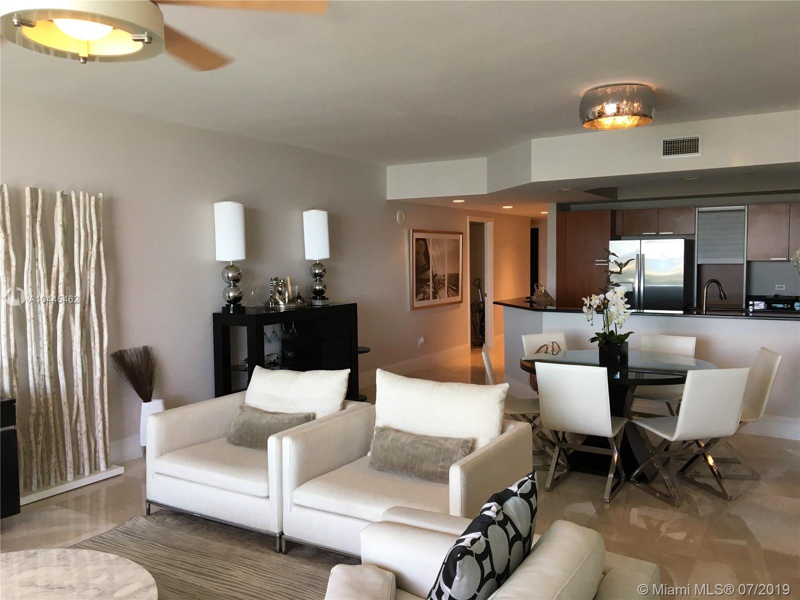 2640 Lake Shore Dr Riviera Beach, FL 33404