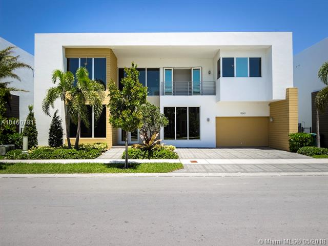 10243 Nw 74th Ter Miami, FL 33178