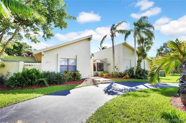 Palmetto Bay-Miami Homes for Sale -  Cul de Sac,  8304 SW 168th Ter