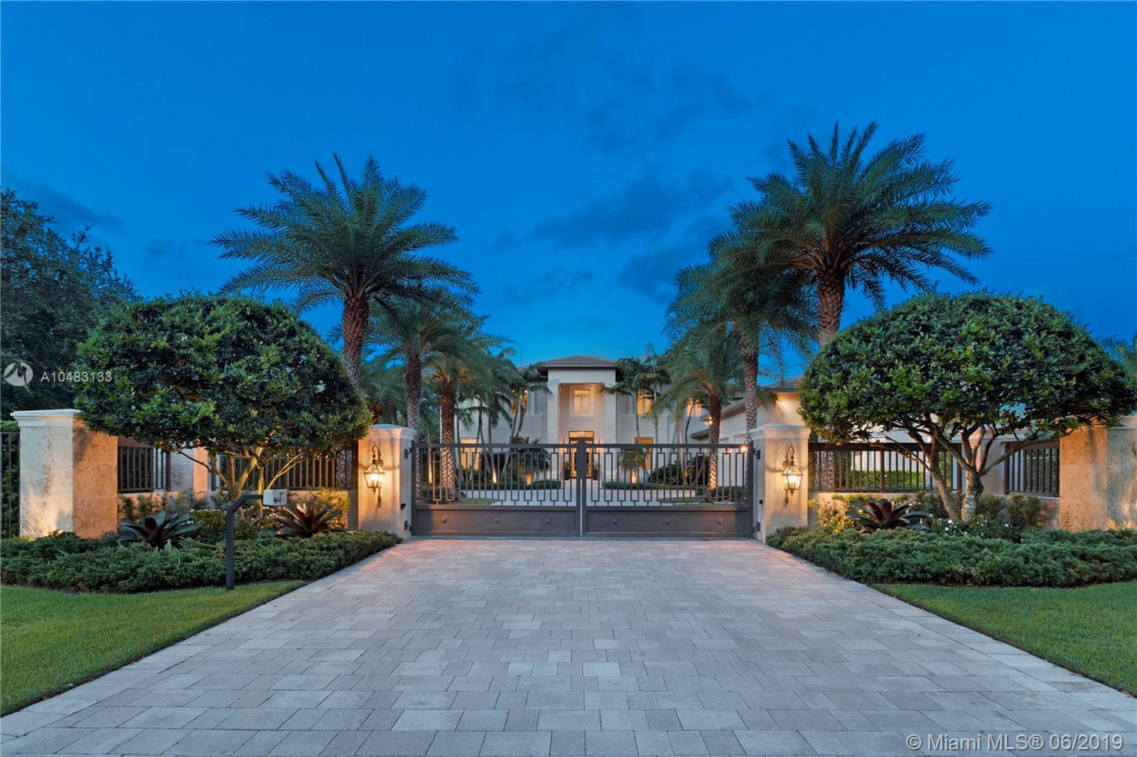 8975 SW 63rd Ct, Pinecrest, Florida