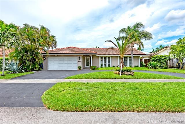 4938 sarazan, Hollywood, Florida