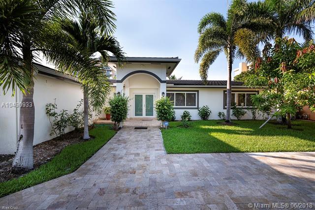 2105 Arch Creek Dr North Miami, FL 33181