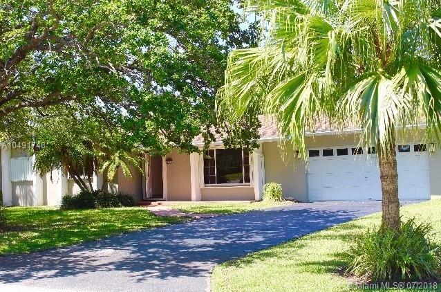 18300 SW 88th Pl, Palmetto Bay-Miami, Florida