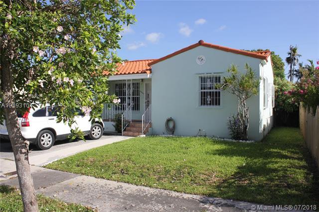 3021 Nw 3 St Miami, FL 33125