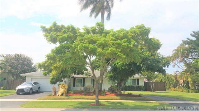 5001 Lincoln St, Hollywood, Florida