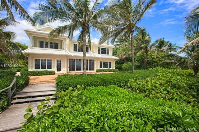461 S Beach Rd, one of homes for sale in Hobe Sound
