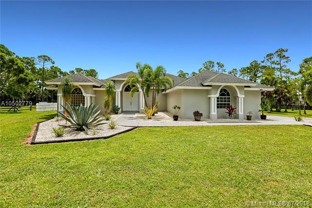 2558 Palm Deer Dr, Loxahatchee, Florida