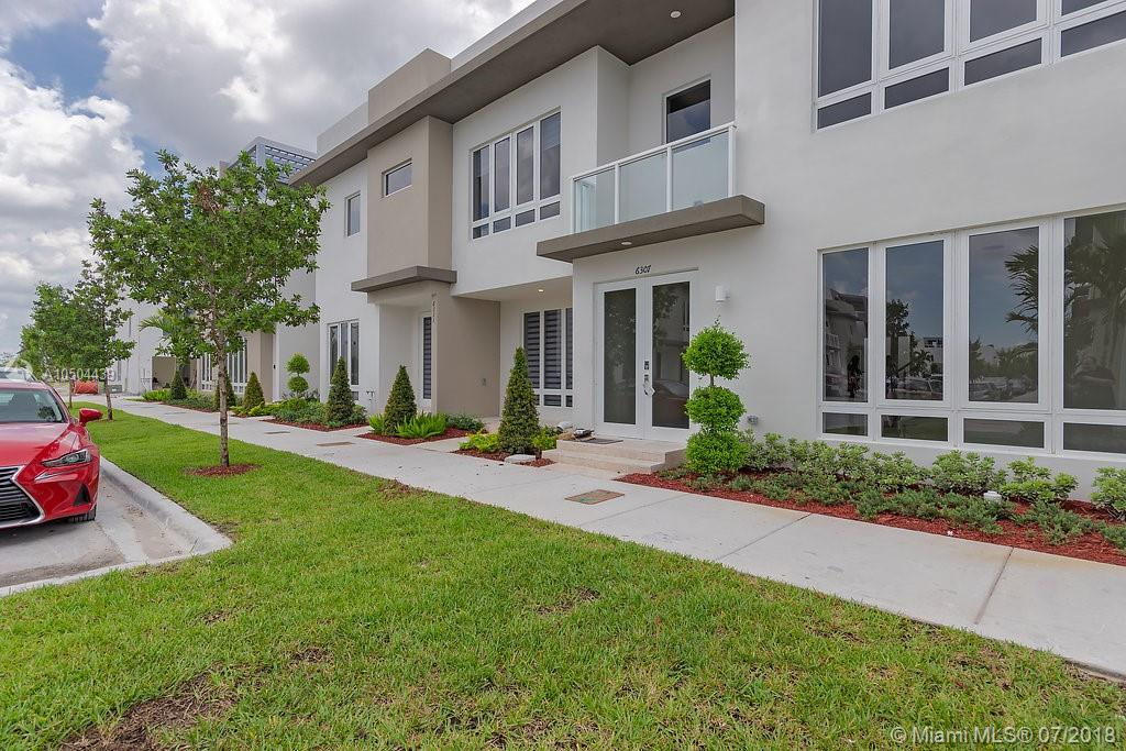6307 Nw 103 Rd Psge Miami, FL 33178
