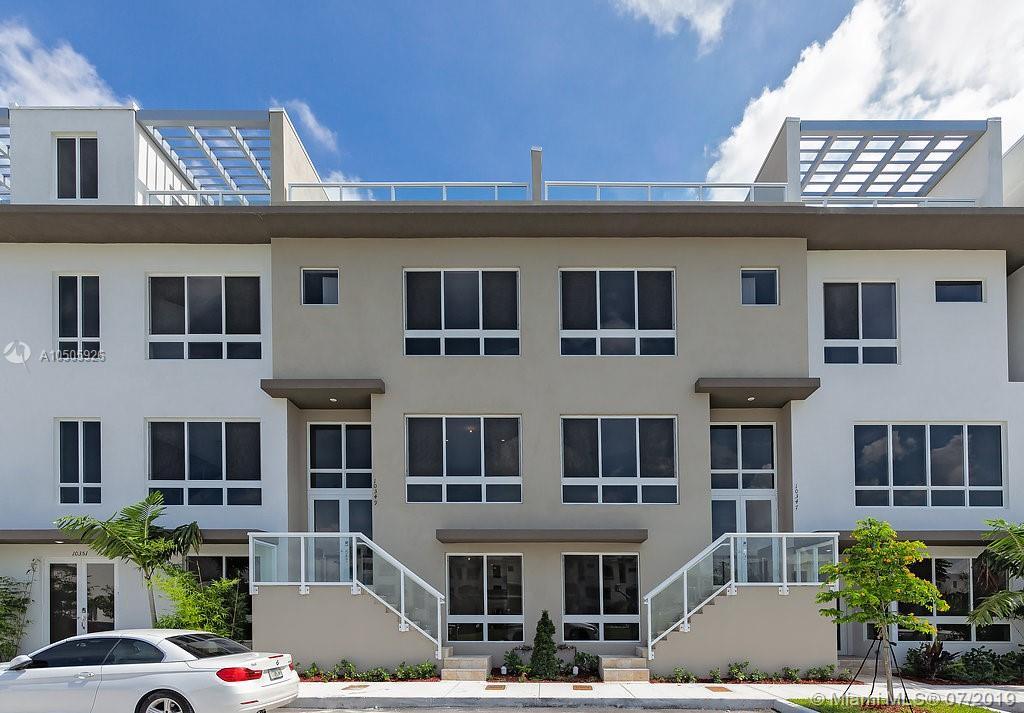 10349 Nw 64th Ln Miami, FL 33178