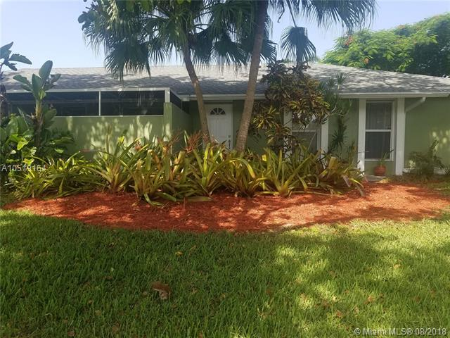 18042 SW 88th Pl, Palmetto Bay-Miami, Florida