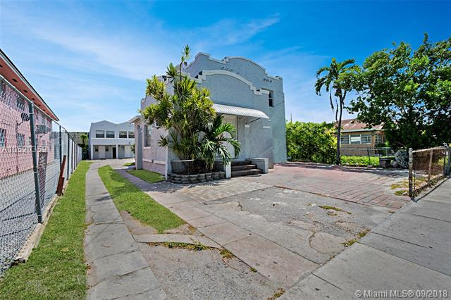 1652 Nw 1 Miami, FL 33125