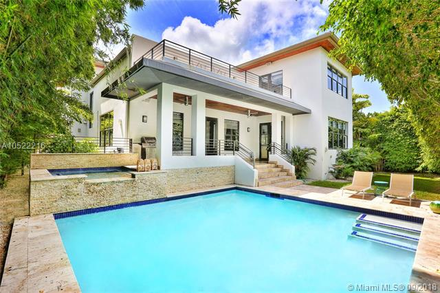 667 Warren Ln, Key Biscayne, Florida