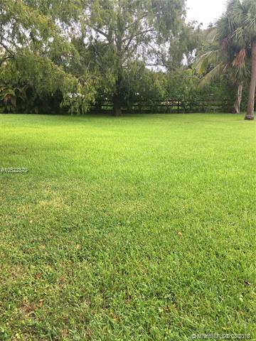 Plantation Homes for Sale -  Cul de Sac,  0000 NW 22 Street