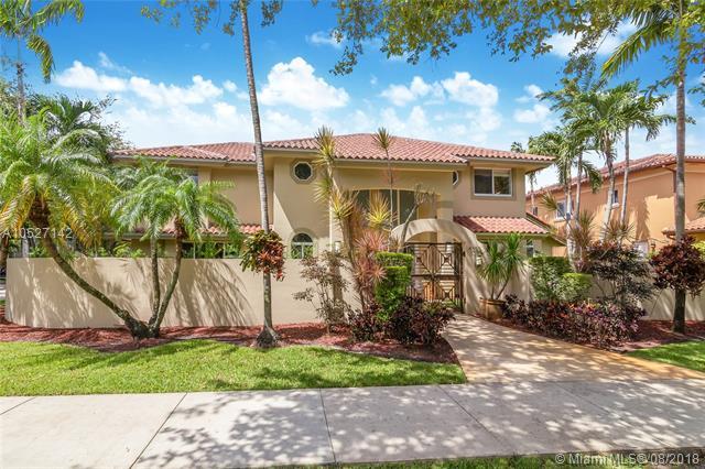 8355 NW 158th Ter, Hialeah Gardens, Florida