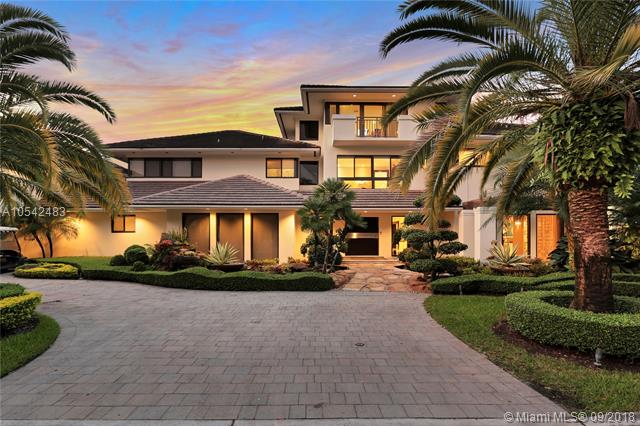 9464 NW 52nd Doral Ln, one of homes for sale in Doral