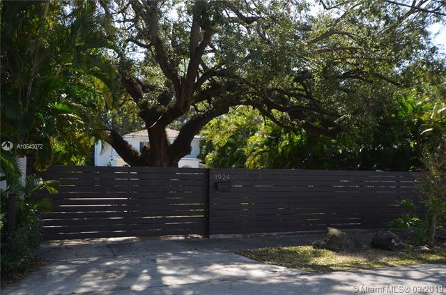 1924 SW 25th St, Pinecrest in Miami-dade County County, FL 33133 Home for Sale
