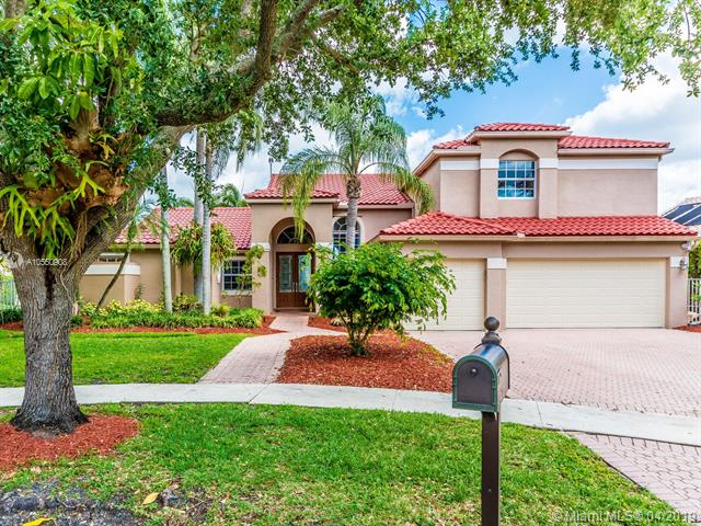 10883 Denver Dr, Cooper City, Florida