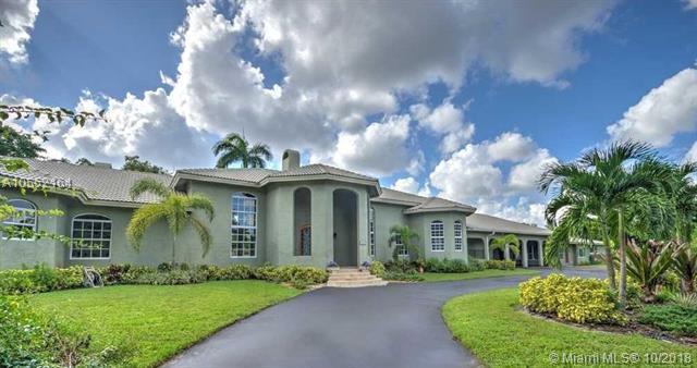 141 Royal Palm Ct, Plantation, Florida