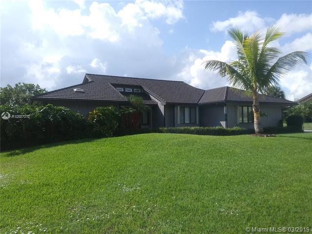 1068 NE Quinn Pl, Jensen Beach, Florida