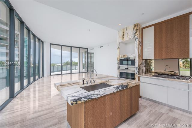 2821 S Bayshore Drive, one of homes for sale in Pinecrest