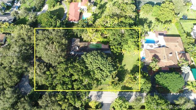 12100 SW 64th Ave, Pinecrest, Florida