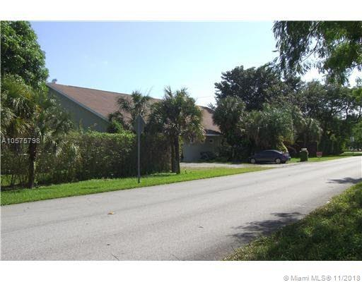 7997 SW 76th Ave, South Miami Loft for Sale
