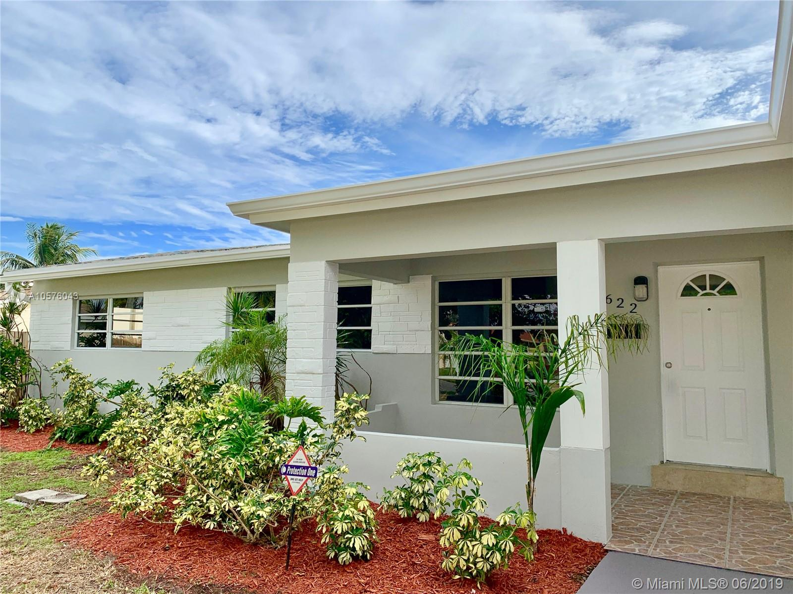 2622 Plunkett St, Hollywood, Florida