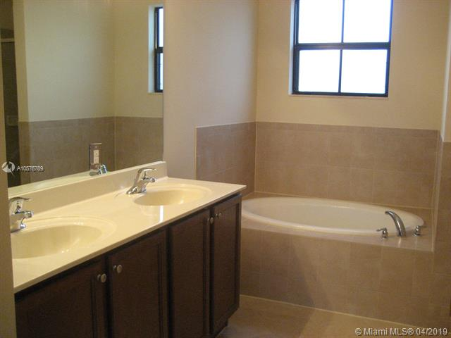16625 SW 44th St - photo 20