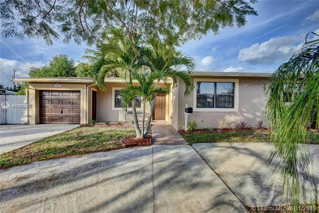 2627 Palm Rd West Palm Beach, FL 33406