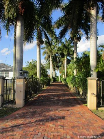 13925 Sw 30th St Miami, FL 33175