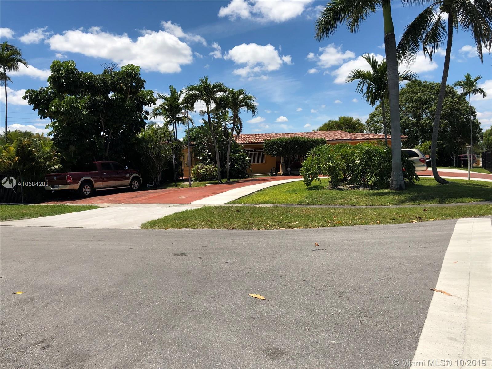 210 W 53rd St Hialeah, FL 33012