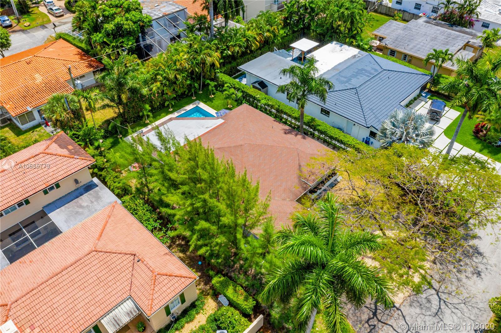 7611 Coquina Dr North Bay Village, FL 33141