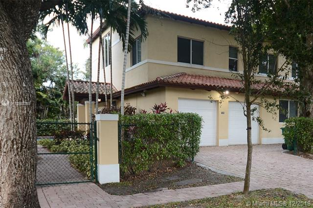 7305 SW 96th St, one of homes for sale in Kendall