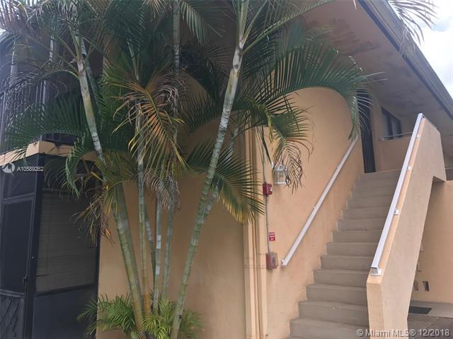 5855 Washington St, Hollywood, Florida