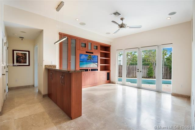 10155 W Broadview Dr Bay Harbor Islands, FL 33154