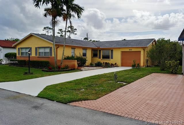 6312 Emerald Sky Ln Green Acres, FL 33463