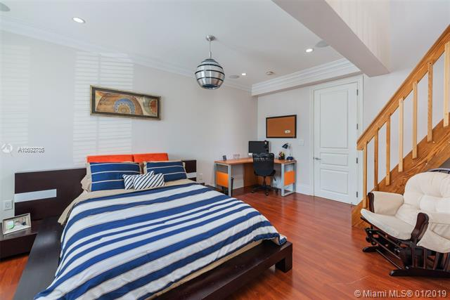 520 North Parkway St - photo 16