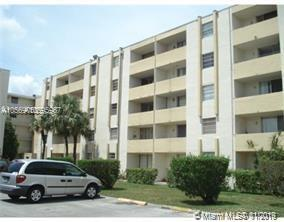 10090 Nw 80th Ct Hialeah Gardens, FL 33016